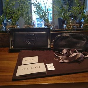Authentic Gucci Soho Wallet & Cosmetic Bag Bundle